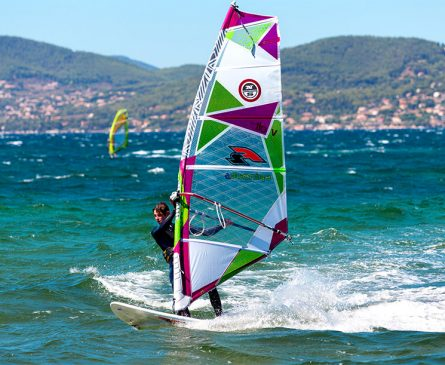 Windsurf depuis le camping International de Giens
