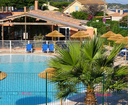 Piscine chauffée Camping Hyères