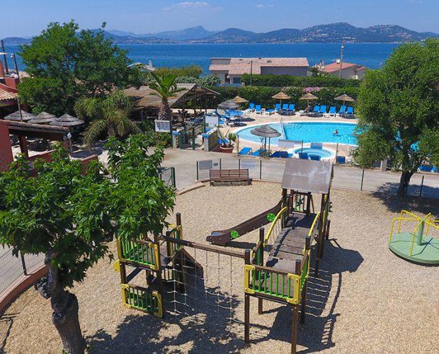 Camping 4 étoiles avec piscine à Hyères