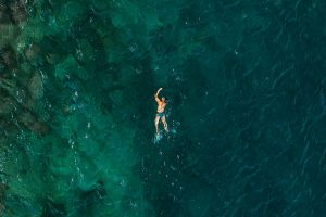 nager en mer